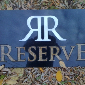 reserve-granite-sign