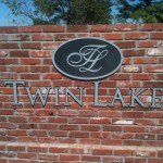 Twin Lakes sign by granite signs of oklahoma city